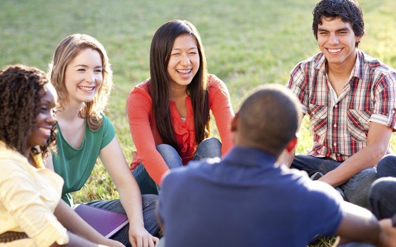 ارتباط برقرار کردن و دوست پیدا کردن