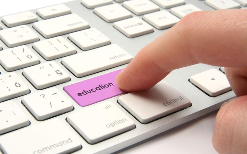 فناوری آموزش آنلاین
