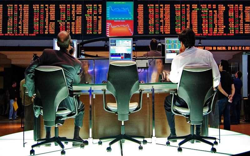۶ قانون برای کارآفرینانی که میخواهند در بازار سهام ثروتمند شوند