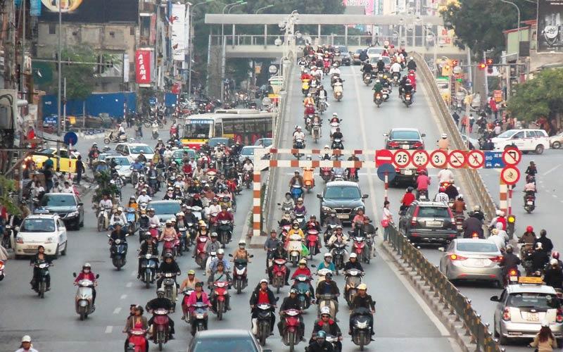 سلطهی موتوریها در پایتخت کامبوج - آیا شانس وجود دارد