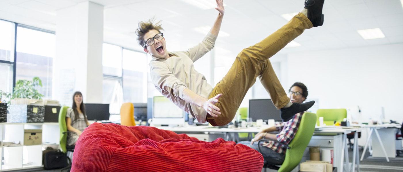 ۱۱ راهکار برای تندرستی در محل کار