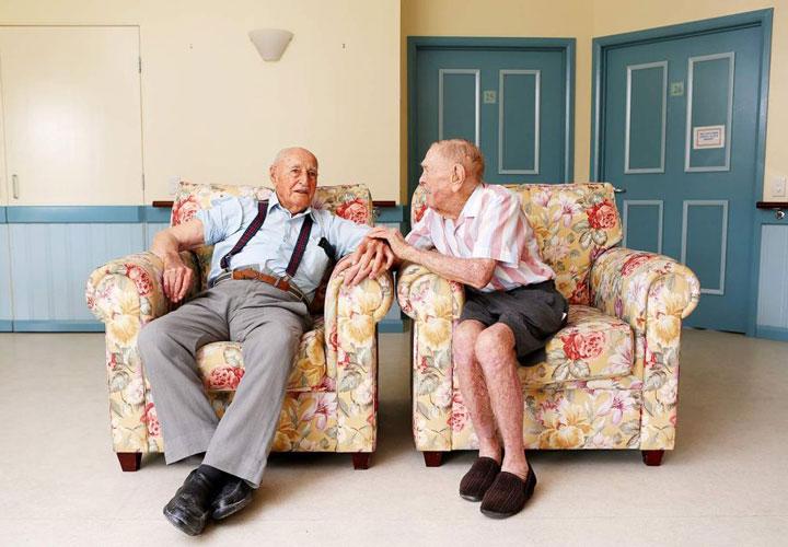 دوستی ها و افزایش طول عمر- فواید دوستی