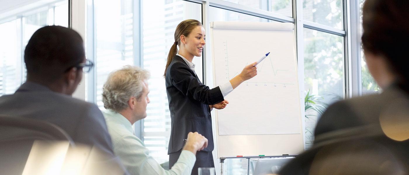 خانمها چطور می توانند با اعتماد به نفس بیشتری در محل کارشان صحبت کنند؟