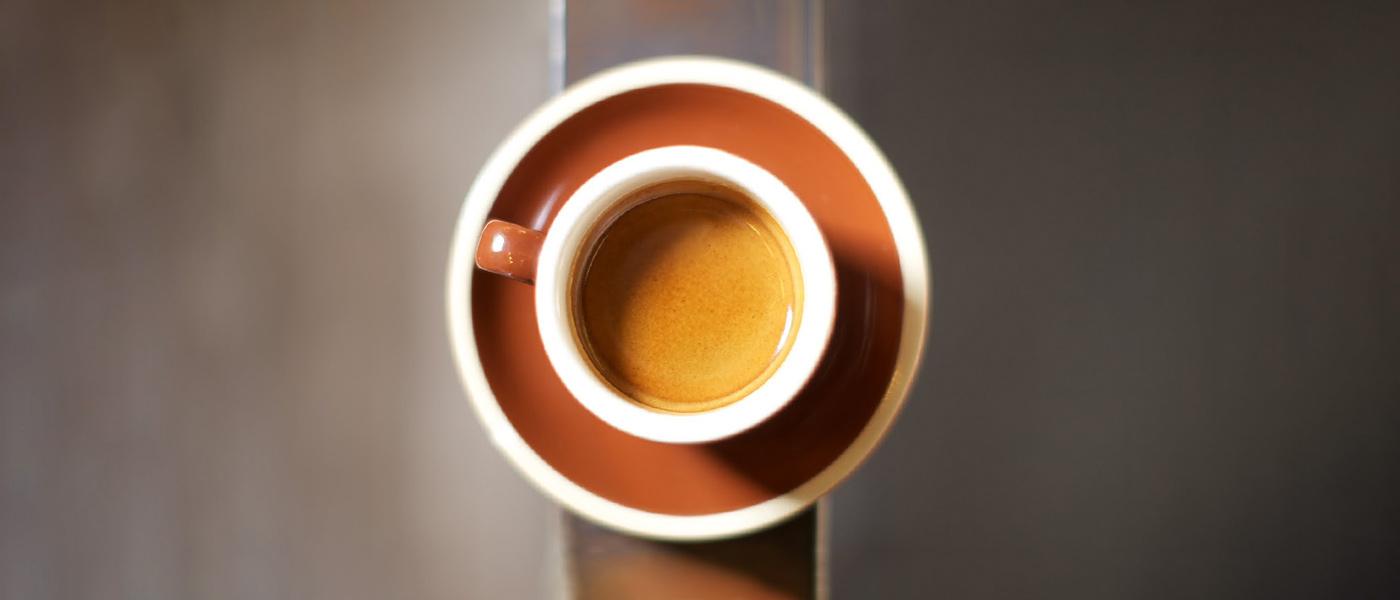 ۱۷ عادت عجیبی که انرژی شما را بیش از خوردن قهوه تقویت میکند