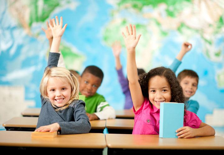 مهارتهای ارتباط شفاهی دانشآموزانتان را تقویت کنید.