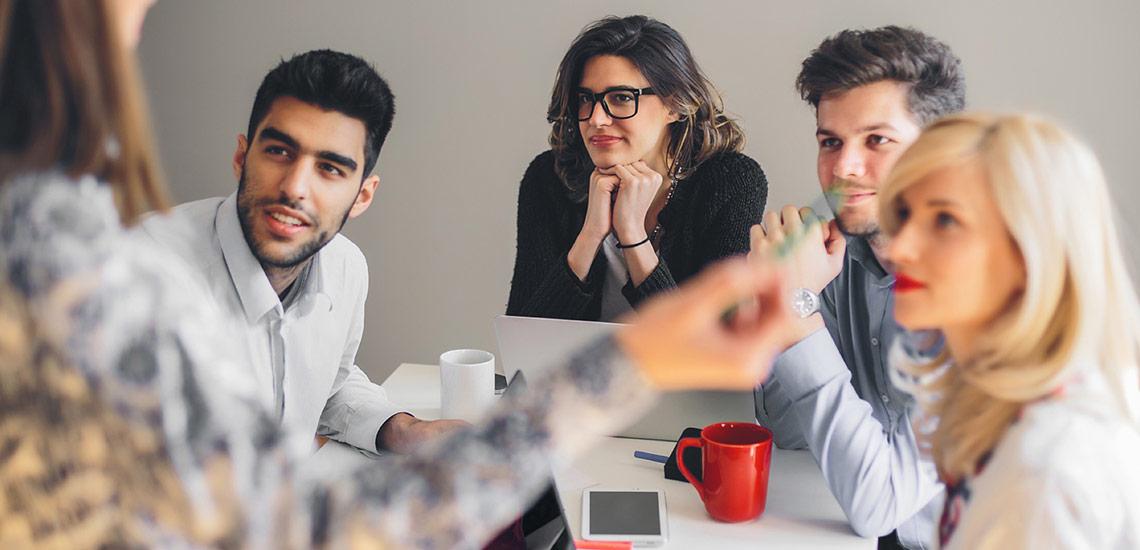 چطور در اولین دیدار مشتریها را تحت تأثیر قرار دهیم؟