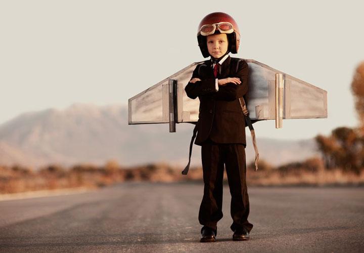 پر پرواز کودکتان را نچینید