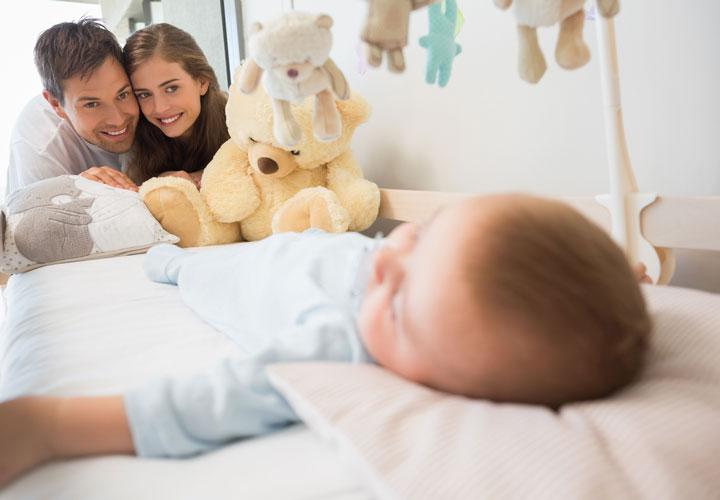 خواب و خوراک نوزادتان روال منظمتری پیدا کرده است