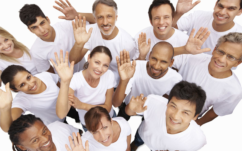 برای دوستان فرضی دست تکان دهید - ترفندهای زبان بدن