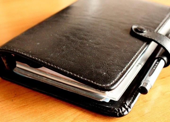 دفترچه یادداشت داشته باشید