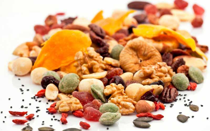 مخلوط آجیل و میوههای خشک