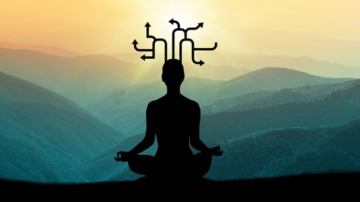 با یوگا تفکر و تمرکز آسانتر میشود