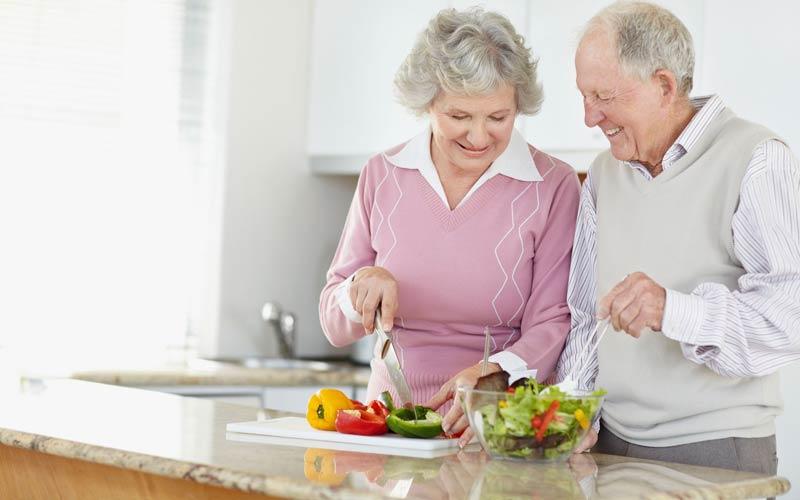 افراد مسن هم در معرض خطر کمبود بی۱۲ هستند