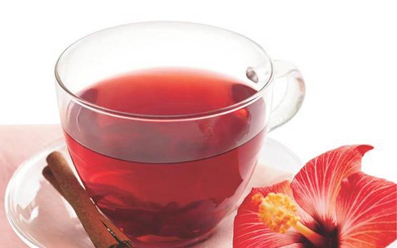 چای قرمز سرشار از فنول و آنتوسیانین است که بر کاهش فشار خون نقش دارند