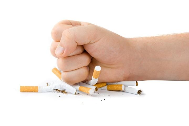 ترک مصرف سیگار در دوران بارداری