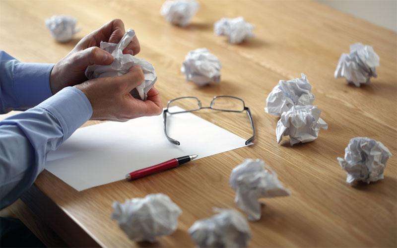 چگونه کتاب بنویسیم - کاغذ مچاله