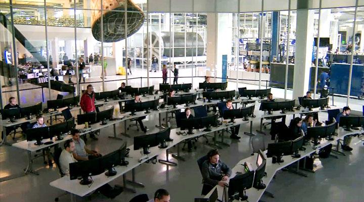 مرکز کنترل اِسپِیسایکس در کالیفرنیا