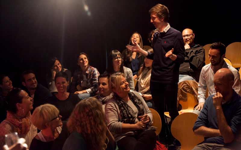 قصهگویی برای تقویت مهارتهای ارتباطی