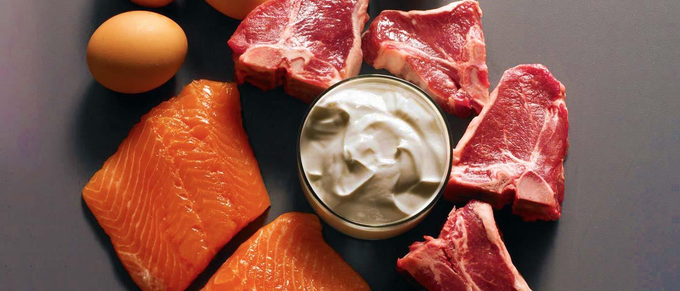 ۱۸ غذایی که به عضلهسازی کمک میکنند