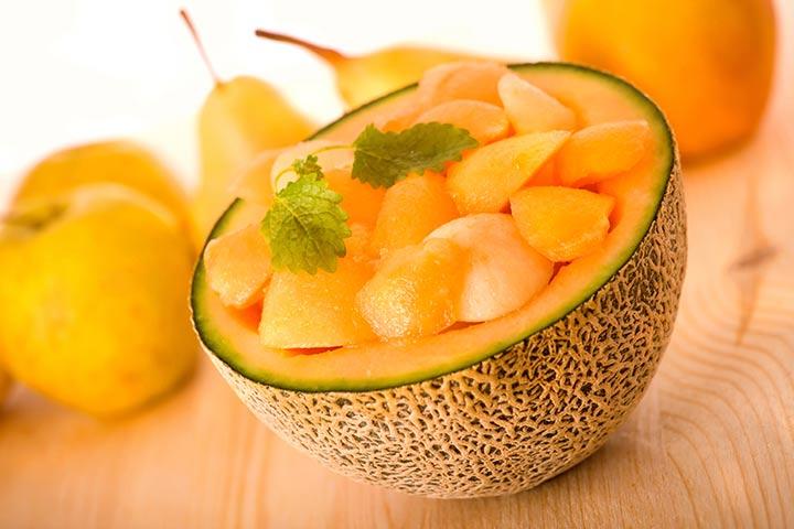 گرمک از میوههای سرشار از ویتامین سی است.