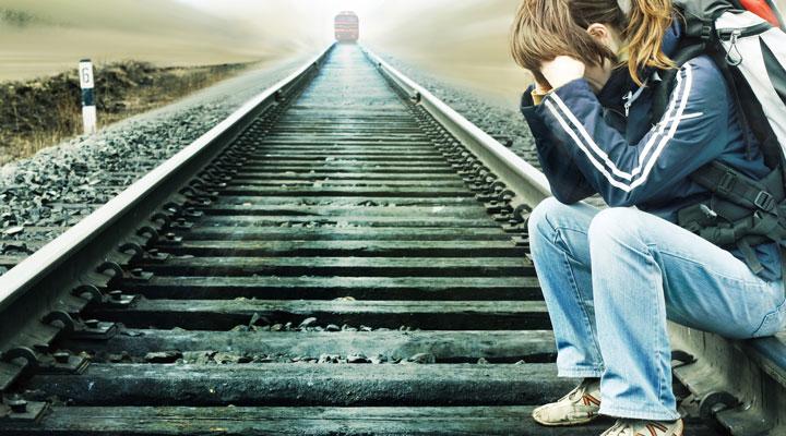 از طرف مقابلتان بپرسید که آیا به خودکشی فکر میکند؟