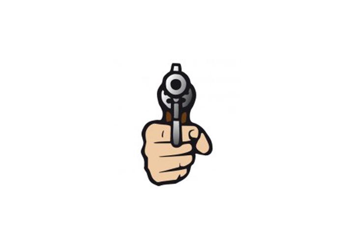 اگر کسی با اسلحه تهدیدتان کند که از صبح تا شب، بیرون از خانه بمانید، کجا میروید و چه کار میکنید؟