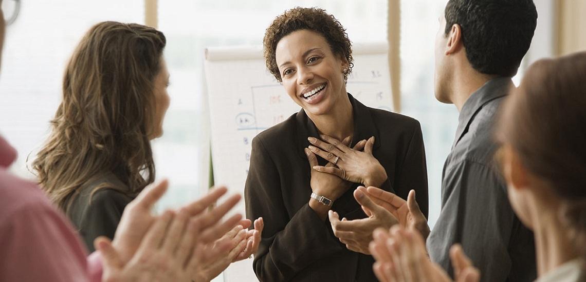 ۷ راهکار برای محبوبیت در محیط کاری