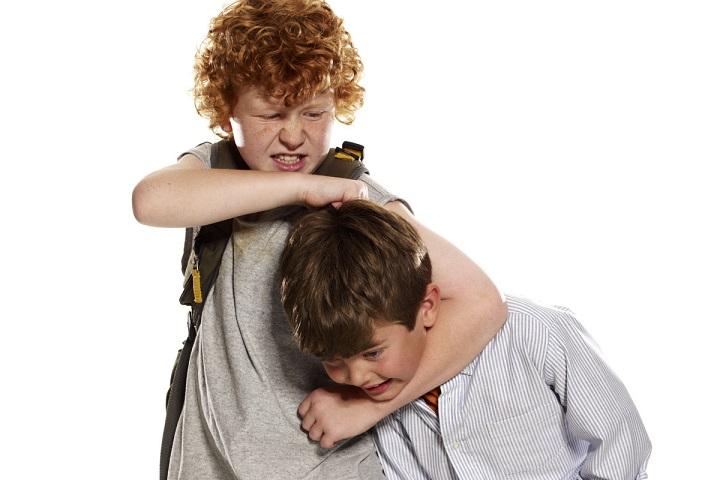 اثر بیشفعالی بر خواهر و برادر