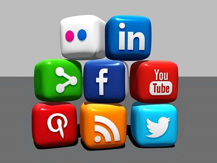 پروفایلها و صفحات در شبکه های اجتماعی