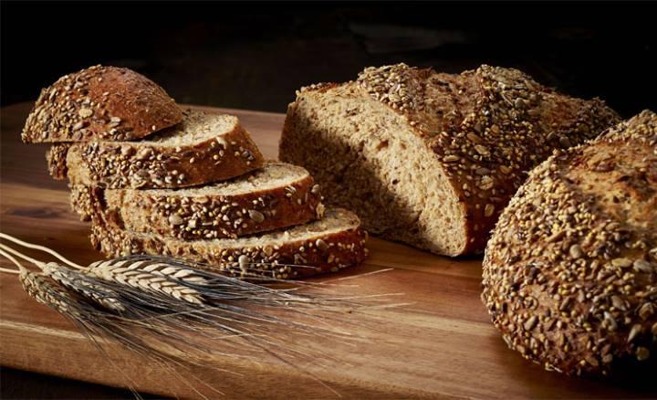 نان گندم کامل