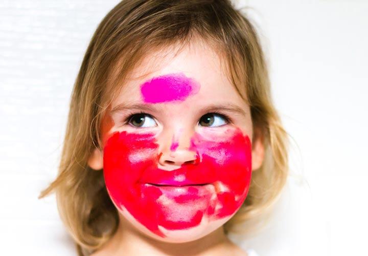 پرخاشگری در کودکان - کمک خنده به ایجاد آرامش و نابودی عصبانیت جزیی