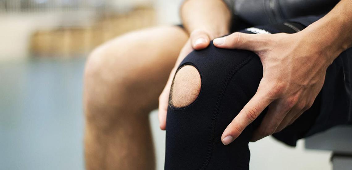 ۸ حرکت ورزشی برای بهبود زانو درد