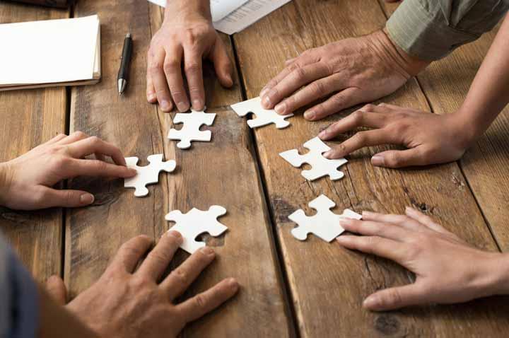 مشارکت و همکاری، موانع خلاقیت را از بین میبرند.