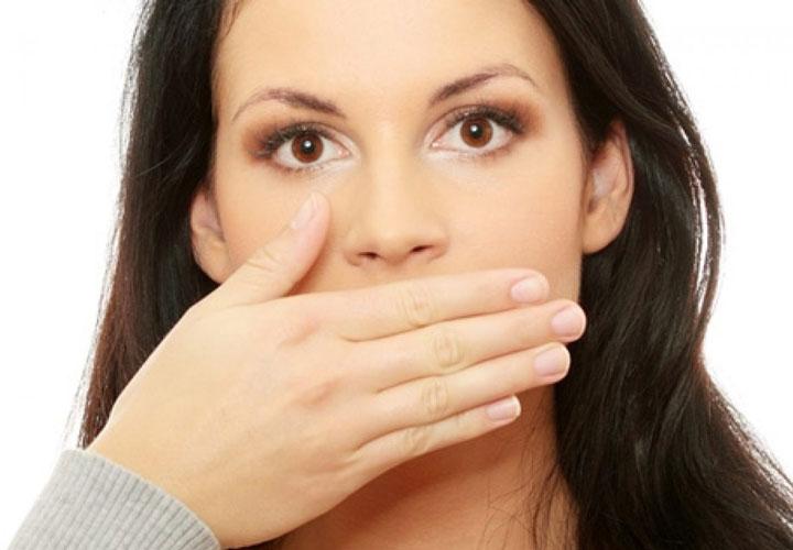 برای نشان دادن صداقت خود، سکوت را به دروغگویی ترجیح بدهید.