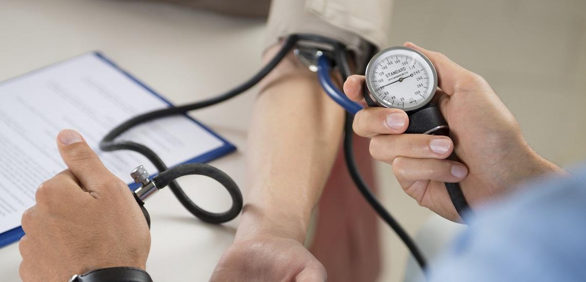 علائم فشار خون بالا و راههای درمان آن