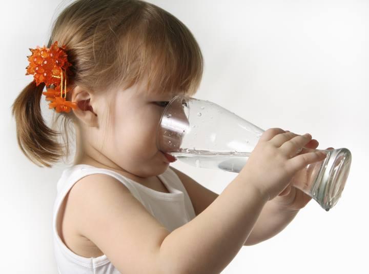 چقدر آب بخوریم