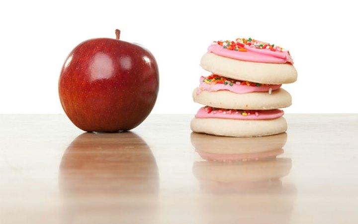 رژیم میوه با جایگزین کردن منبع قند میتواند کمک زیادی به کاهش وزن بکند.