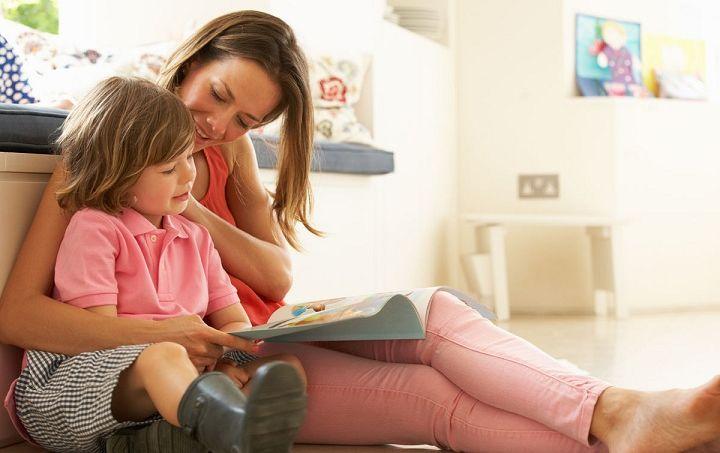 عشق ورزیدن والدین به فرزندان باعث افزایش اعتماد به نفس در کودکان میشود.