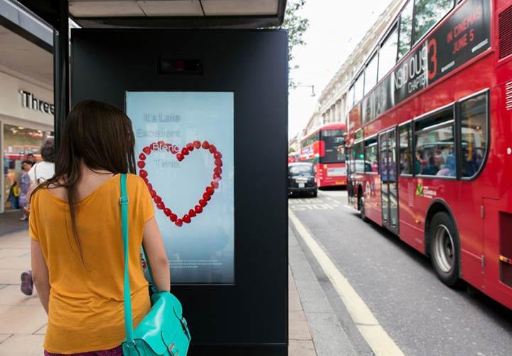 جلب توجه در تبلیغات