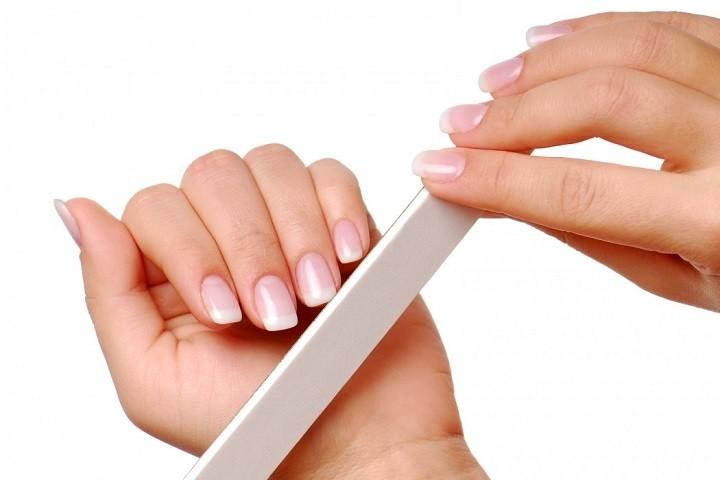 استفاده از سوهان مناسب برای ناخنی زیبا - چگونه ناخنهای زیبایی داشته باشیم