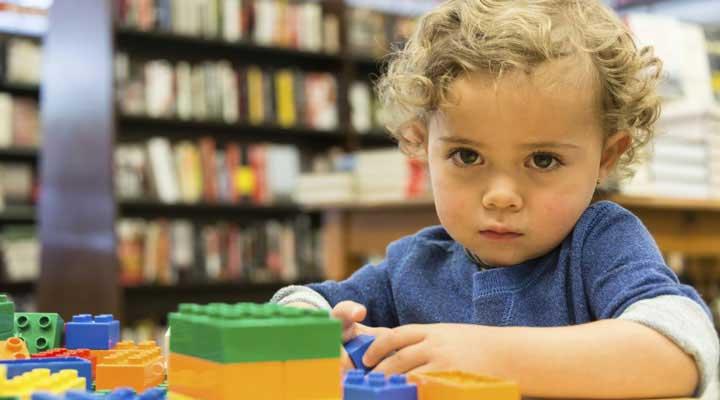 کودک پریشان دچار اختلال یادگیری