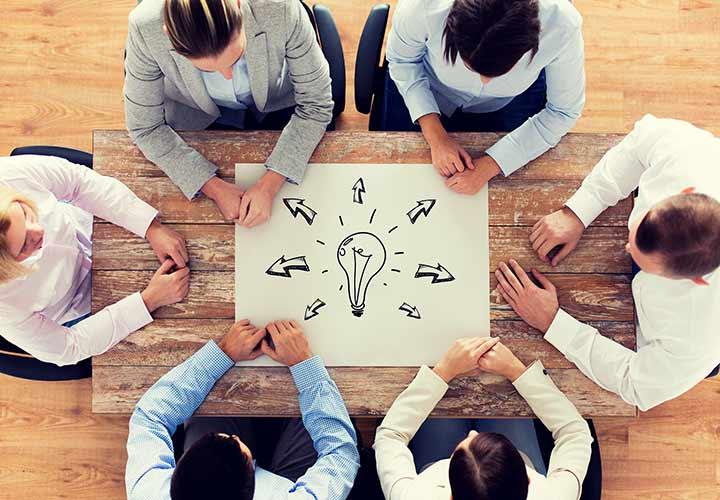 انتخاب شتاب دهنده ها و مراکز رشد