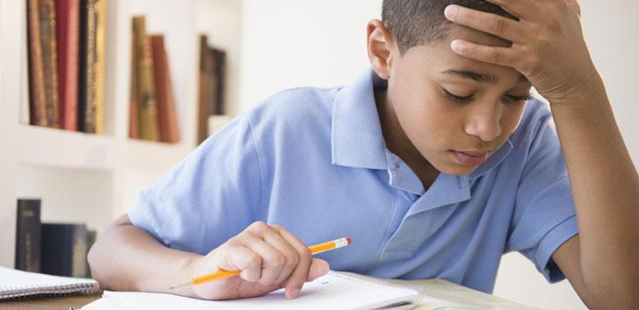 علایم اختلالات یادگیری در ۱۰ تا ۱۳ سالگی