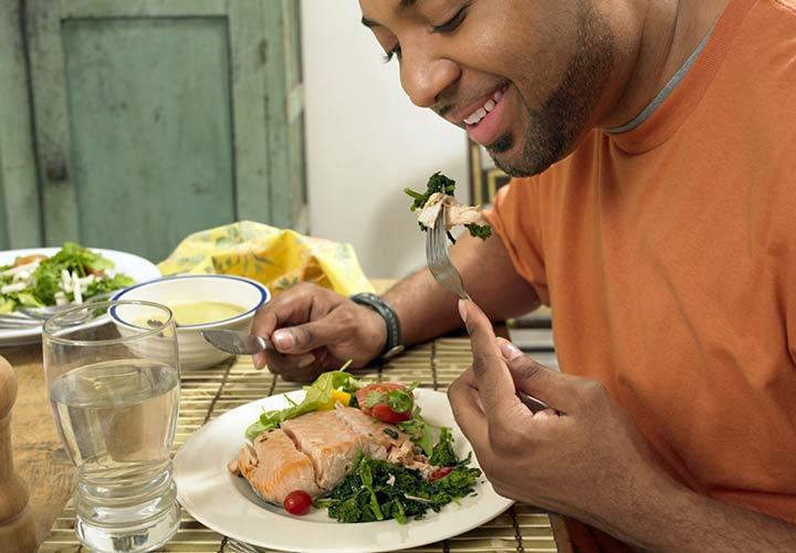 برای درمان اضطراب تغذیهی مناسب داشته باشید