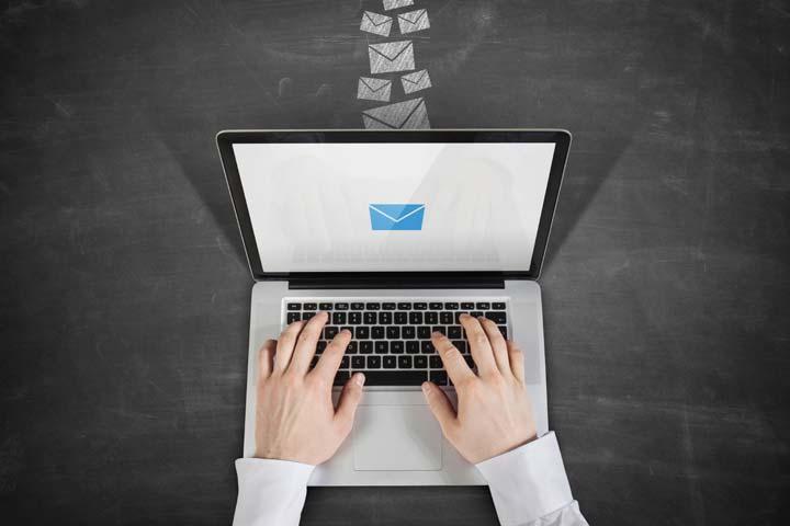 چگونه بازاریابی کنیم - بازاریابی ایمیلی