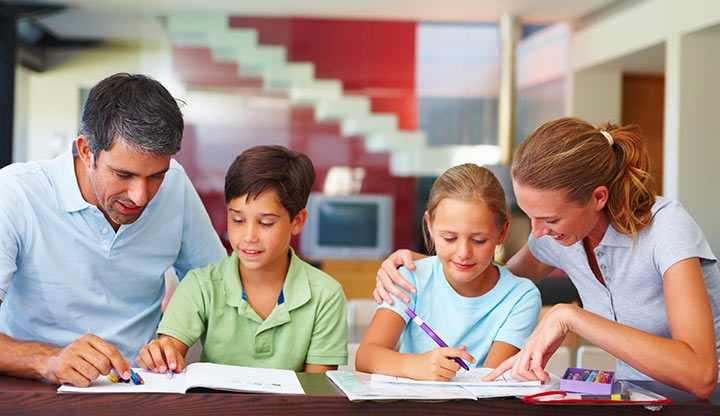 مطالعه والدین با کودکان