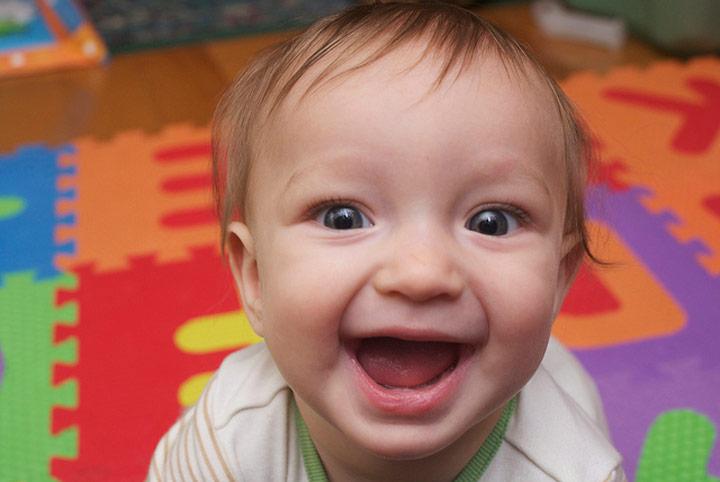 کودک شاد-چگونه شاد زندگی کنیم