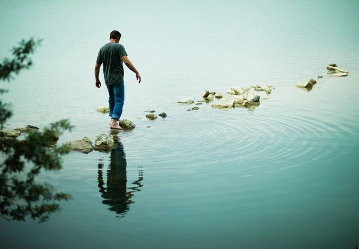 چگونه در زمان حال زندگی کنیم - هر لحظه تنها یک کار