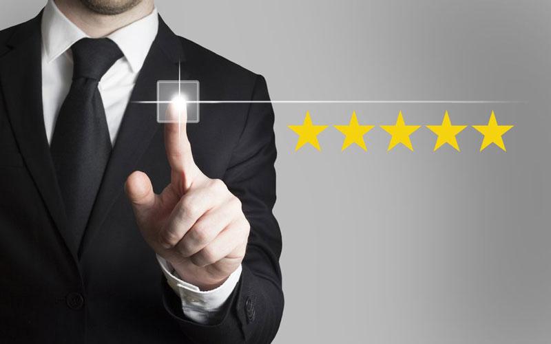 برای حفظ مشتری مداری باید رضایت مشتری را جلب کنید.