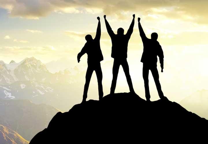 چگونه دوست پیدا کنیم - دوستی و موفقیت